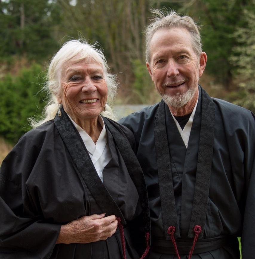 Kaj and Anshin in their black Buddhist robes.